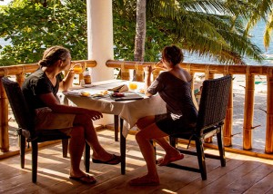 Restaurant - Ocean Vida Beach and Dive Resort